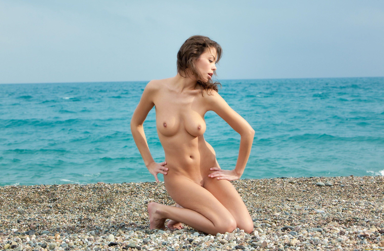 Море Голые Онлайн