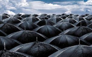 обои для рабочего стола 1920x1200 разное, сумки,  кошельки,  зонты, облака, небо, мокрые, черные, зонты