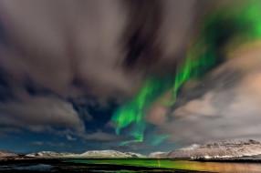 обои для рабочего стола 2048x1365 природа, северное сияние, небо, звезды, северное, сияние, норвегия, облака, горы