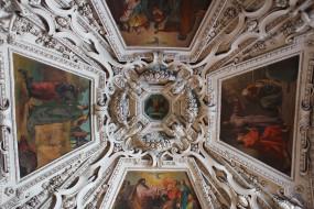 интерьер, убранство,  роспись храма, картины