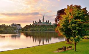 обои для рабочего стола 1920x1167 города, оттава , канада, парк, деревья, осень, озеро, трава, скамейки, дворцы