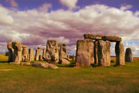 города, - исторические,  архитектурные памятники, камни