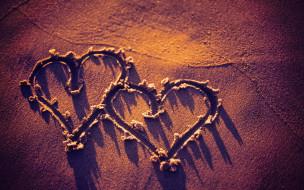 праздничные, день святого валентина,  сердечки,  любовь, берег, сердечки, песок