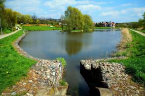 города, - пейзажи, дома, деревья, островок, пруд