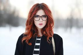 девушки, ebba zingmark, рыжая, очки, зима, снег, кофта