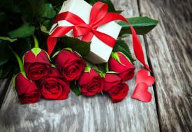 цветы, розы, лента, алый, подарок, сердечко