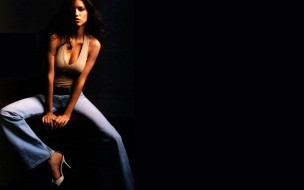 девушки, adriana lima, майка, джинсы, модель, адриана, лима, каблуки