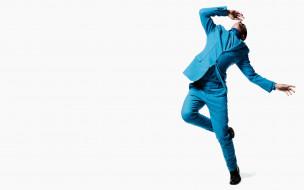 костюм, прыжок, модель