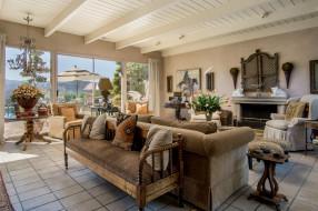 интерьер, гостиная, подушки, диваны, кресла, цветы, камин