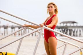 Baywatch, Kelly Rohrbach