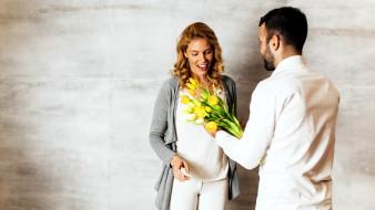разное, мужчина женщина, тюльпаны, радость, подарок