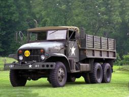автомобили, грузовики