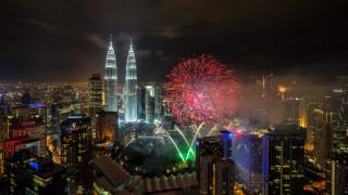 города, куала-лумпур , малайзия, фейерверк, близнецы, башни