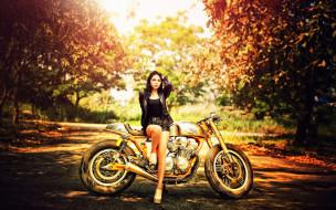 girls and moto 48, мотоциклы, мото с девушкой, girls, moto, желтый
