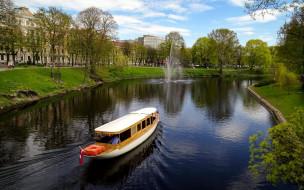 корабли, катера, прогулка, фонтан, река