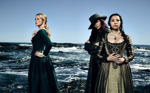 hannah new, jessica parker kennedy, clara paget