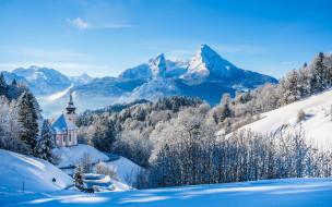 города, - католические соборы,  костелы,  аббатства, храм, лес, зима, снег, горы