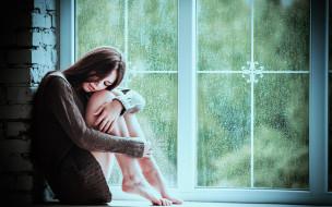 поза, девушка, окно, настроение, на подоконнике, ноги, дождь