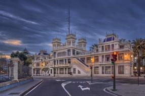 edificio la terraza, города, - улицы,  площади,  набережные, площадь, вечер