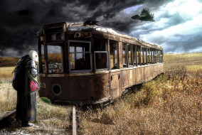 фэнтези, фотоарт, человек, апокалипсис, противогаз, ворон, трамвай