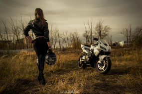 мотоциклы, мото с девушкой, взгляд, мотоцикл, девушка, фон