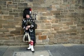 scottish highland man, волынка, кильт