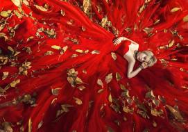 красное, листья, платье, лицо, девушка, лежит