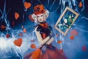 разное, маски,  карнавальные костюмы, девушка, митенки, паутина, кудри, платье, банты, блондинка, наряд, сердечки, рамка, цветы, картина, шляпа