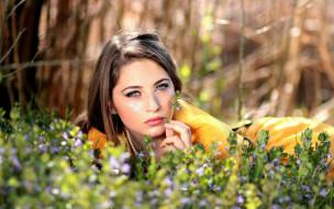 девушки, -unsort , лица,  портреты, девушка, природа, цветы, трава, макияж, брюнетка