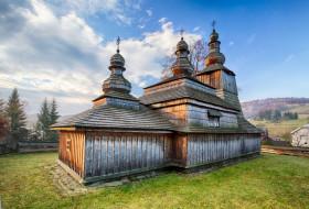 города, - православные церкви,  монастыри, трава, деревья, облака