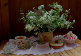 обои для рабочего стола 2000x1382 еда, натюрморт, цветы, полевые, сладости, букет