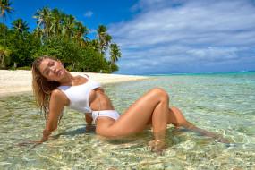 пальмы, блондинка, девушка, модель, купальник, вода, океан, небо, дно