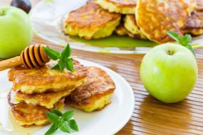еда, блины,  оладьи, оладьи, яблоко, мед
