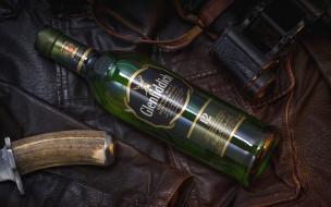 бренды, glenfiddich, нож, бутылка, кожа, куртка, стиль, шотландский, виски, бинокль
