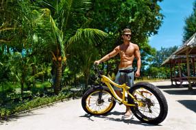 велосипед, пальмы