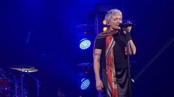 концерт, платок, женщина, певица, микрофон