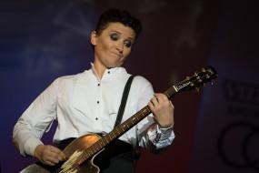 певица, гитара, женщина
