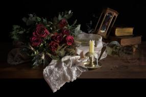 розы, бокал, часы, свеча, книги, скатерьб