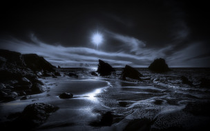 море, камни, облака
