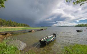 деревья, Река, причал, лодка, камень