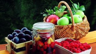 ягоды, сливы, яблоки, малина