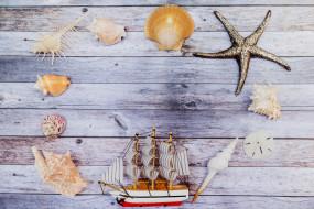 фон, кораблик, разное, доски, ракушки