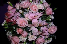 альстромерия, розы, гвоздика