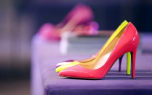 шпильки, туфли