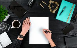 смартфон, растение, вид сверху, очки, руки, ручки, кофе, планшет, украшения, чашка, блокнот
