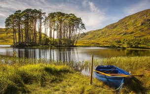Лодка, Трава, Деревья, Озеро, Осень, Шотландия