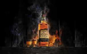огонь, бокал, стопка, американский, виски, бурбон, бутылка, рюмка, Напиток, алкоголь, бренд, элитный