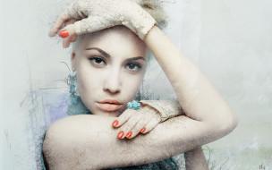 перчатки, лицо, блондинка, арт, девушка, руки