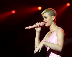 музыка, katy perry, концерт, блондинка, микрофон, певица, кети, пэрри