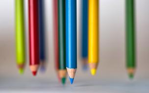 цветные, карандаши